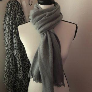 Calvin Klein soft gray knit scarf